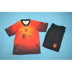 Kids kit size:18-19 Bayern EA Sports Jerse