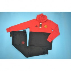 Manutd red and black hooded tracksuit 20 size:18-201