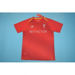 Liverpool red training shirt size:18-1