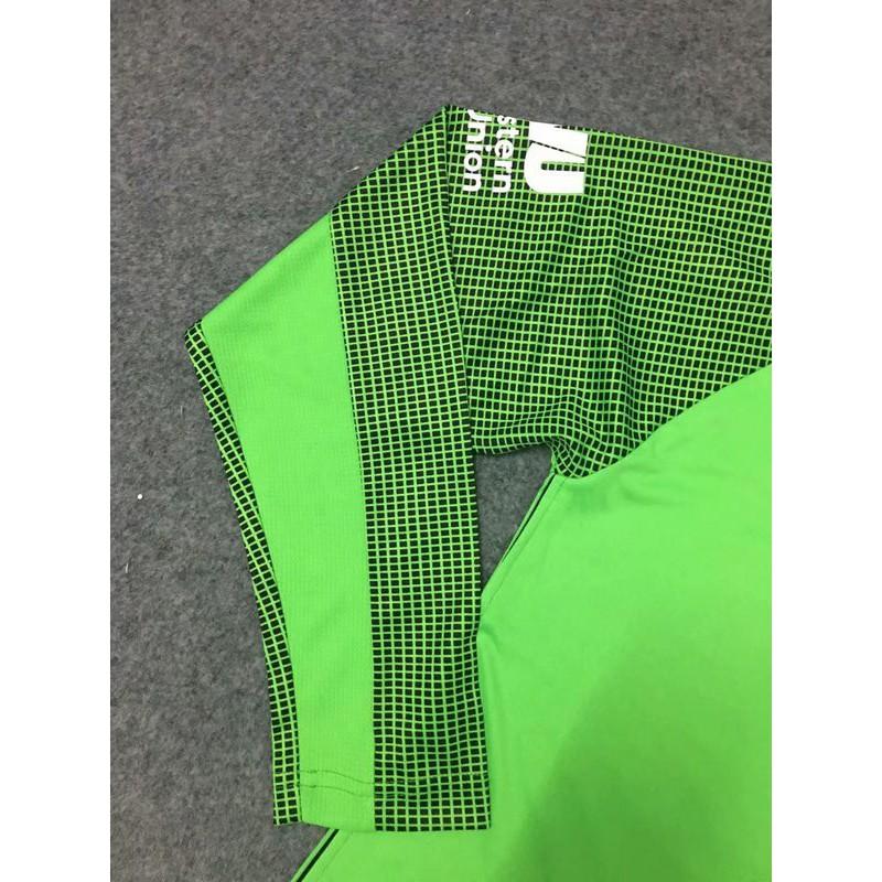 Liverpool Green Goalkeeper Kit Green Candy Liverpool Shirt Liverpool Green Long Sleeves Goalkeeper Jerseys Size 18 19